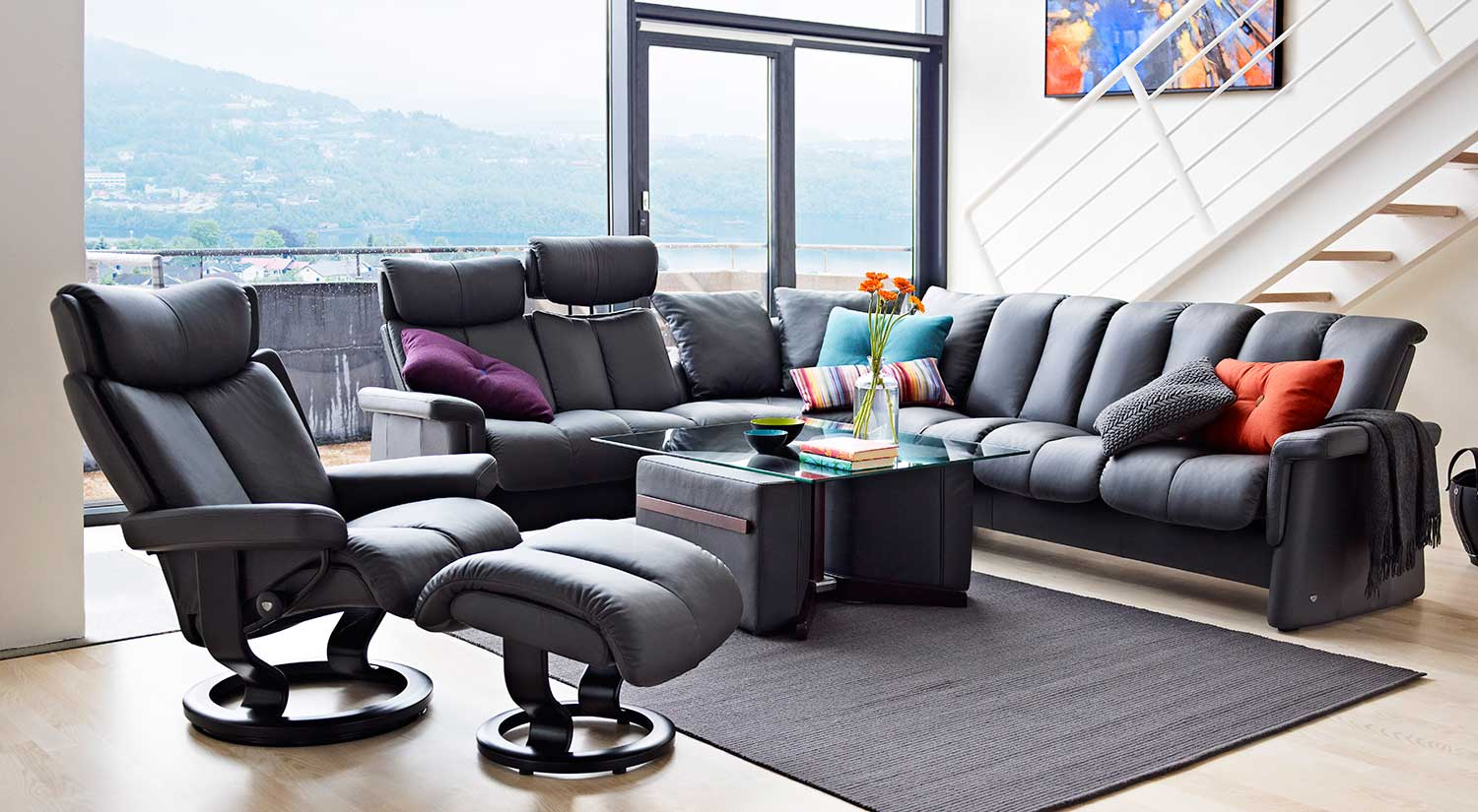 circle furniture legend stressless sectional ekornes sectionals boston. Black Bedroom Furniture Sets. Home Design Ideas